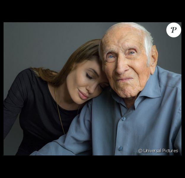 Angelina Jolie et Louis Zamperini sur la première image promo officielle d'Unbroken.