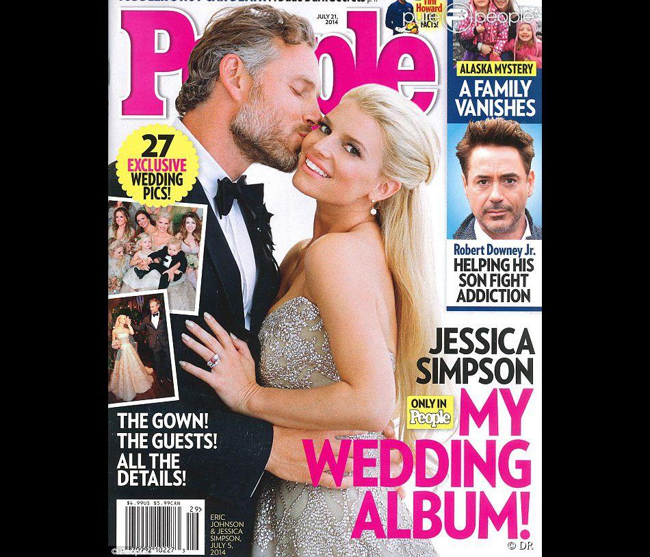"""Jessica Simpson, mariée radieuse en couverture du magazine """"People"""" daté de juillet 2014."""