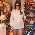 Rachel Bilson, enceinte, lors d'une session shopping à Los Angeles, le 14 juillet 2014.
