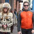 Elle Macpherson et son mari Jeffrey Soffer se promènent dans les rues de Aspen. Décembre 2013
