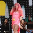 Lily Allen sur scène lors du festival de musique de Glastonbury, le 27 juin 2014.