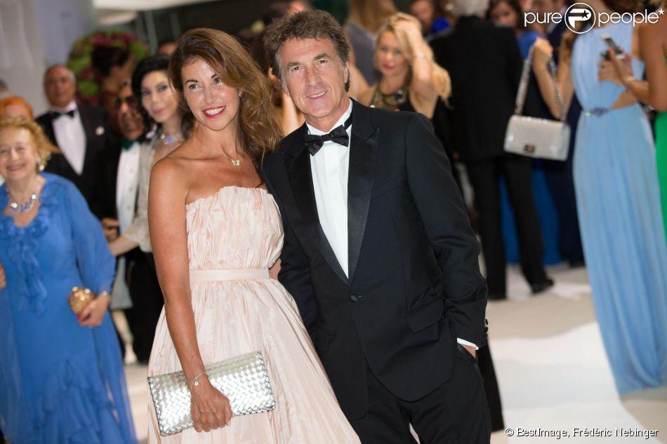 François Cluzet et sa femme Narjiss - 66e Gala de la Croix Rouge Monégasque au Sporting de Monte-Carlo à Monaco, le 1er août 2014.