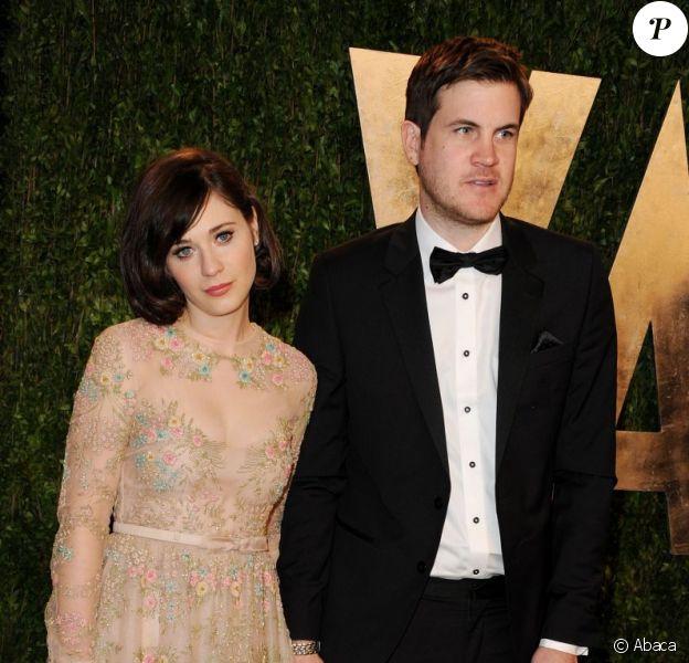 Zooey Deschanel et Jamie Linden assistent à la soirée Vanity Fair au Sunset Tower Hotel suivant la 85e cérémonie des Oscars. Los Angeles, le 24 février 2013.