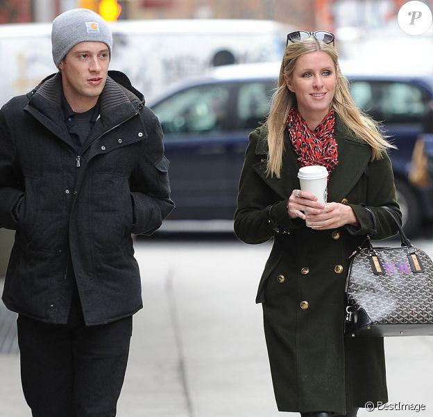 Nicky Hilton et son petit ami James Rothschild se baladent dans les rues de New York, le 21 mars 2013.