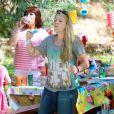 Busy Philipps et son mari Marc Silverstein ont organisé une fête pour le premier anniversaire de leur fille Cricket à Los Angeles, le 3 juillet 2014.