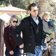 Ali Larter et son mari Hayes MacArthur sont allés se promener avec leur fils Theodore au parc Coldwater Canyon à Beverly Hills. Le 9 mars 2013.