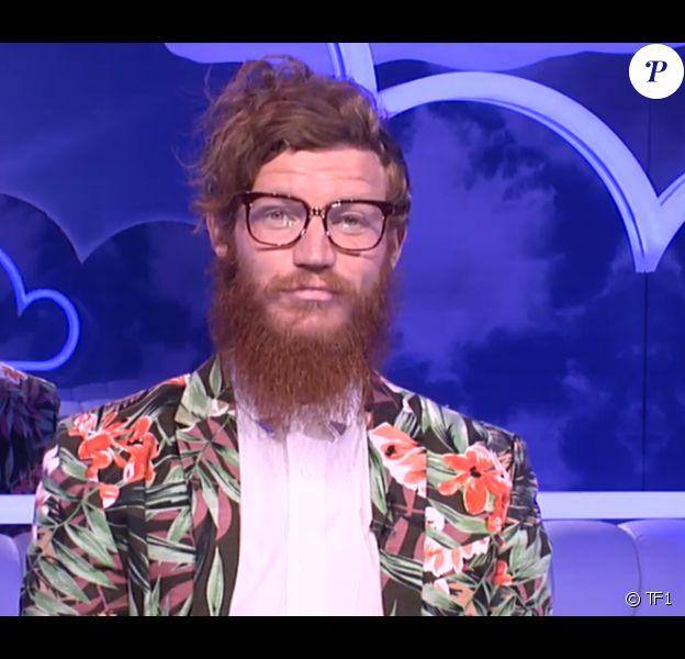 Geoffrey doit se raser la barbe - Prime de Secret Story 8 sur TF1. Le 15 août 2014.