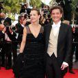 """Carole Bouquet et son compagnon Philippe Sereys de Rothschild - Montée des marches du film """"The Search"""" lors du 67e Festival du film de Cannes – Cannes le 21 mai 2014."""