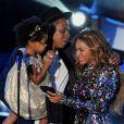 Beyoncé a fait le show lors des MTV VMA 2014 à Los Angeles, le 24 août 2014. La star a ensuite été rejointe sur scène par son mari Jay-Z et leur fille Blue Ivy.