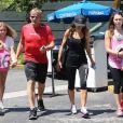"Matilda Ramsay, Gordon Ramsay, Tana Ramsey, Holly Ramsay se rendent à un cours de sport à la salle ""Soul Cycle"" à Brentwood, le 23 aout 2014"
