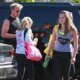 """Gordon Ramsey, Holly Ramsey, Megan Ramsey, Matilda Ramsey se rendent à un cours de sport à la salle """"Soul Cycle"""" à Brentwood, le 23 aout 2014"""