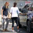 Zoe Saldana et son mari Marco Perego se rendent chez Mom's The Word à West Hollywood, Los Angeles, le 25 août 2014.