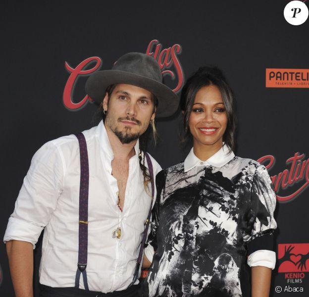 Zoe Saldana et son mari Marco Perego à la première de Cantinflas à Los Angeles, le 27 août 2014.