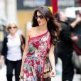 Amal Alamuddin a passé sa journée à Mayfair à Londres le 3 septembre 2014, notamment dans les boutiques Alexander McQueen