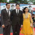 Vivek Gomber, Chaitanya Tamhane et Geetanjali Kulkarni lors de la cérémonie de clôture et la remise des prix de la 71e Mostra de Venise le 6 septembre 2014