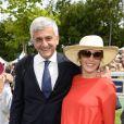 Hervé Morin et sa compagne Elodie Garamond (enceinte de leur fille Alma née en septembre 2013) - Prix de Diane Longines à l'hippodrome de Chantilly le 16 juin 2013.