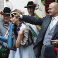 Elisabeth et Albert von Thurn und Taxis, soeur et frère de la mariée,  au mariage de la princesse Maria Theresia von Thurn und Taxis et d'Hugo Wilson en l'église St Joseph de   Tutzing, en Bavière (Allemagne), le 13 septembre 2014.