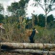 David Beckham avec la tribu des Yanomani au coeur de la jungle amazonienne, à découvrir dans le documentaire David Beckham, une aventure en Amazonie, diffusé sur France Ô le dimanche 21 septembre à 20h45