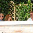 George Clooney, le 27 septembre 2014, a pris le petit-déjeuner avec ses amis Cindy Crawford et Rande Gerber à Venise, au lendemain de son enterrement de vie de garçon lors du week-end de son mariage avec Amal Alamuddin.