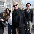 Ellen Barkin et un ami arrivent à Venise pour le mariage de George Clooney et Amal Alamuddin, le 26 septembre 2014
