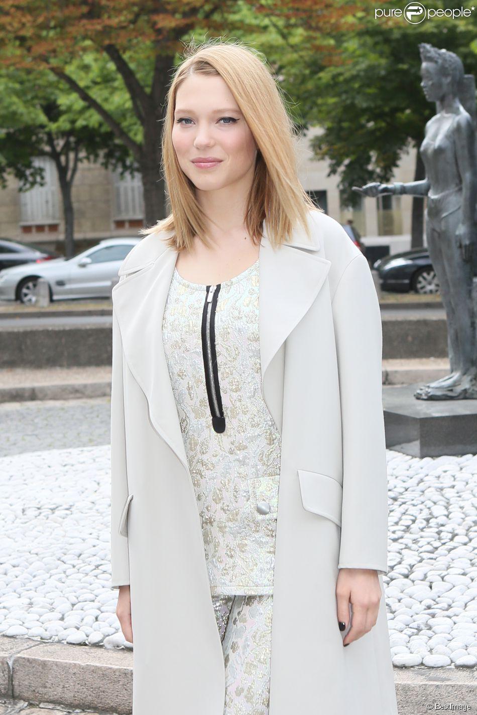 """Léa Seydoux au défilé """" MIU MIU """" au Palais d'Iéna à Paris Le 5 juillet 2014"""