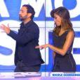 Cyril Hanouna reçoit le 6 octobre 2014 la chanteuse Nicole Scherzinger dans l'émission Touche pas à mon poste sur D8. La star se laisse aller à quelques pas de danse avec l'animateur