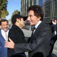 """Jamel Debbouze et Jack Lang - Inauguration de l'exposition """"Le Maroc contemporain"""" à l'Institut du monde arabe à Paris, le 14 octobre 2014."""