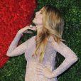 Blake Lively, sublime et enceinte lors d'un dîner de charité à New York le 16 octobre 2014