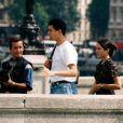 Mazarine Pingeot prend la pose à Paris pour le célèbre paparazzo Sébastien Valiela
