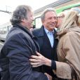 Daniel Russo et Chantal Ladesou accueillent Michel Drucker à son arrivée - Michel Drucker célèbre ses 50 ans de télévision entouré de ses amis à l'occasion du passage du 'Train De La Télé' en gare de Caen, sa région natale, le 21 octobre 2014.