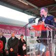 Michel Drucker célèbre ses 50 ans de télévision entouré de ses amis à l'occasion du passage du 'Train De La Télé' en gare de Caen, sa région natale, le 21 octobre 2014.
