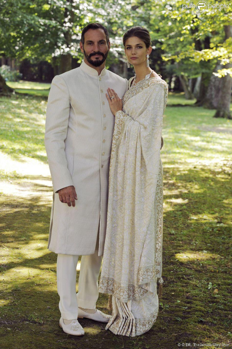 Portrait du prince Rahim Aga Khan et de Kendra Salwa Spears (princesse Salwa) à l'occasion de leur mariage célébré le 31 août 2013 au château de Bellerive, à Genève en Suisse.
