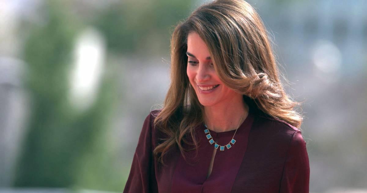 Rania De Jordanie Zeina Lubbadeh Duo De Charme Pour Le Discours D Abdullah Ii Purepeople