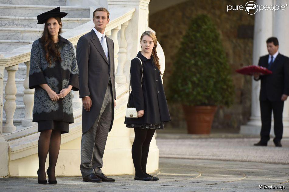 Carolina, princesa de Hannover y de Mónaco - Página 7 1653910-tatiana-santo-domingo-enceinte-pierre-950x0-2