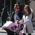 Tamara Ecclestone, son époux Jay Rutland et leur fille Sophia dans les rues de Soho à New York, le 21 novembre 2014