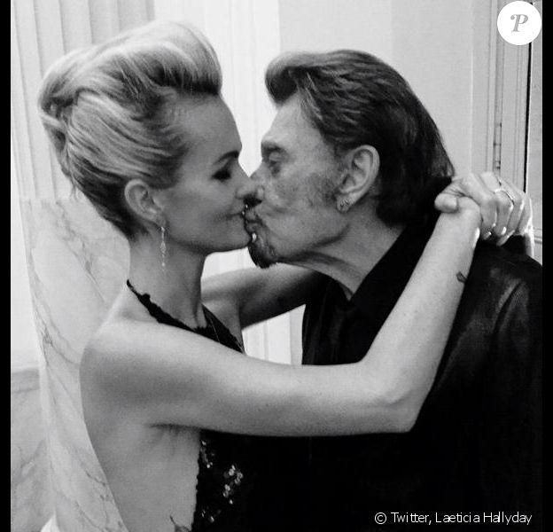Laeticia et Johnny Hallyday, passionnément amoureux au Bal de Soie Hermès au théâtre de l'Odéon à Paris, le 27 novembre 2014