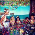 Le clan Hallyday a célébré comme il se doit les 10 ans de Jade et les 6 ans de Joy à l'occasion d'une petite fête organisée à Saint-Barth' sur le thème hawaïen dont Laeticia Hallyday a partagé quelques souvenirs sur son profil Instagram, le 5 août 2014.