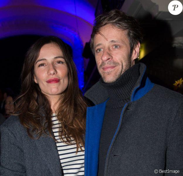 Zoe Felix et son compagnon Benjamin Rolland à la maison Jean Paul Gaultier pour la présentation du Projet Iccarre à Paris, le 1er décembre 2014, journée mondiale de lutte contre le Sida.