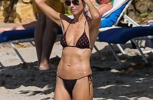 Heidi Klum : En bikini sexy et en vacances avec son chéri et ses enfants