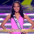 Miss Martinique défile en maillot de bain, lors de la cérémonie de Miss France 2015 sur TF1, le samedi 6 décembre 2014.