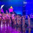 Les 33 Miss défilent en maillot de bain, lors de la cérémonie de Miss France 2015 sur TF1, le samedi 6 décembre 2014.