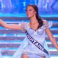 Miss Aquitaine défile dans l'univers de la Reine des Neiges, lors de la cérémonie de Miss France 2015 sur TF1, le samedi 6 décembre 2014.