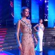 Miss Nord-Pas-de-Calais défile lors de la cérémonie de Miss France 2015 sur TF1, le samedi 6 décembre 2014.