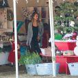 Jessica Alba et sa fille Haven sont à la recherche d'un sapin de Noël. Beverly Hills, le 6 décembre 2014.