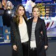 Cara Delevingne et Kate Moss lors de la présentation des vitrines de Noël du centre commercial Printemps Haussmann à Paris, le 6 novembre 2014.