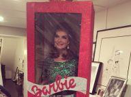 Une Barbie Brooke Shields au pied du sapin !