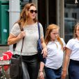 Brooke Shields se promène avec sa fille Rowan à New York le 11 juin 2014.