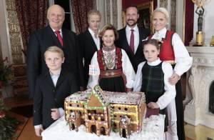 Famille royale de Norvège : À 7 sur un palais en pain d'épices pour fêter Noël !
