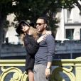 Exclusif - John Legend et Chrissy Teigen en visite à la Tour Eiffel le 12 septembre 2014