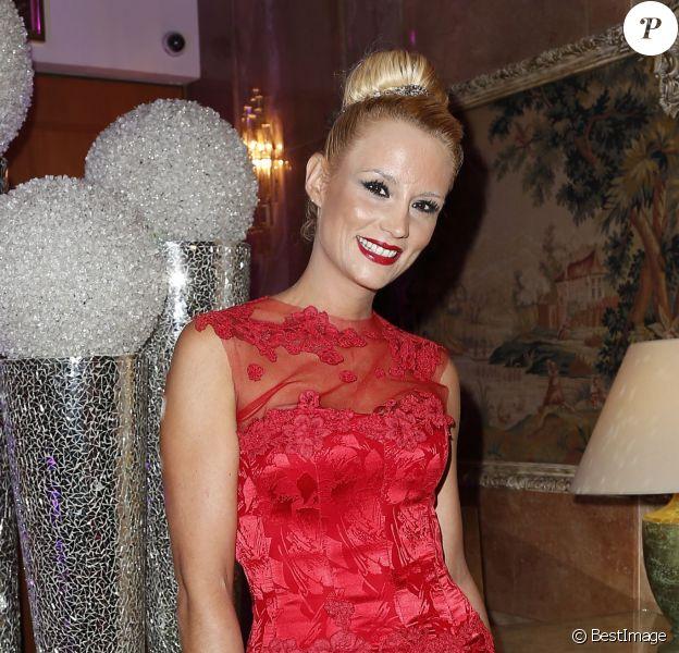 Elodie Gossuin - 38e édition de la cérémonie des Best au Salon Hoche à Paris le 15 décembre 2014.